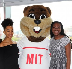Alums with Tim the Beaver